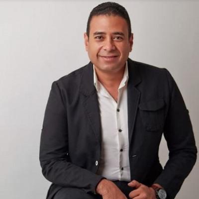 الدكتور محمد عماد