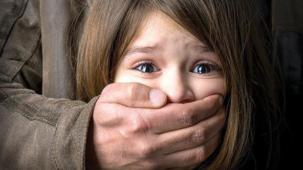 كيف تحمي طفلك من التحرش الجنسي