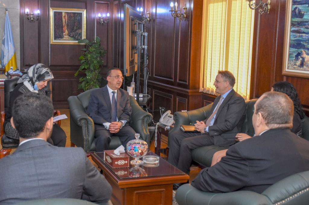 محافظ الإسكندرية يلتقي سفير الدنمارك