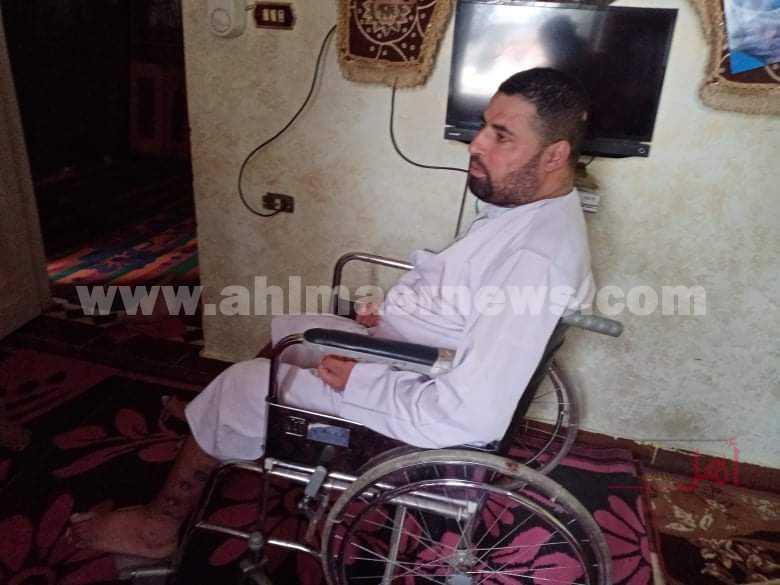 مواطن بالبحيرة يناشد السيسي بتبني حالته الصحية