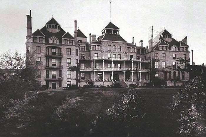 فندق كريزسينت