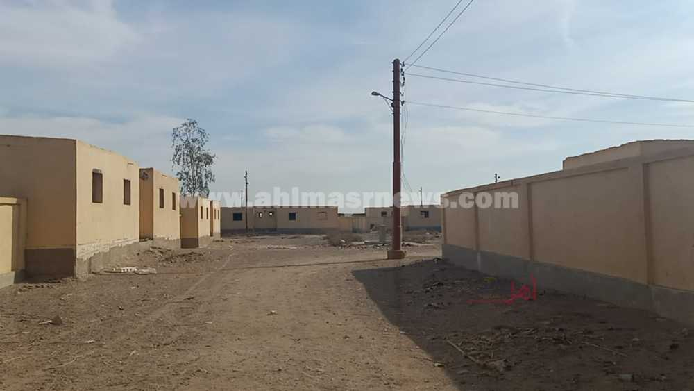 منازل مهجورة في قرية اللقيطة بقنا