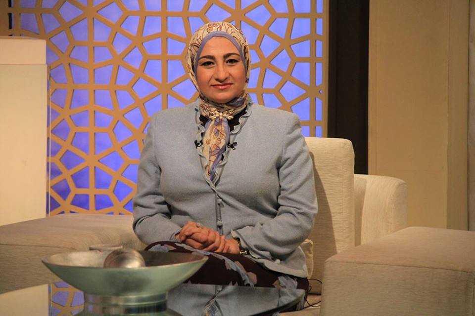 الدكتورة هالة حماد استشاري الطب النفسي