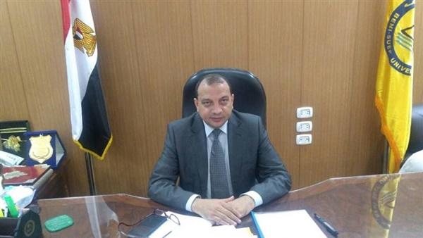 رئيس جامعة بني سويف: تفعيل المشاركة المجتمعية لكلية علوم الأرض