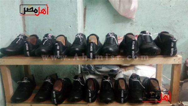 9d25852e4 صنايعية مصر.. صُناع الأحذية اليدوية بين جشع التجار والمستوردين وغلاء أسعار  الخامات (فيديو
