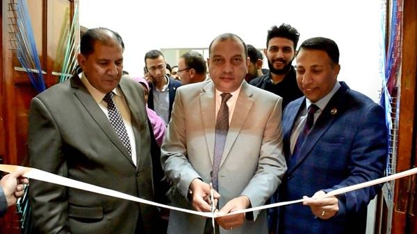 افتتاح المعرض الخيرى العاشر للملابس بكلية التجارة ببني سويف